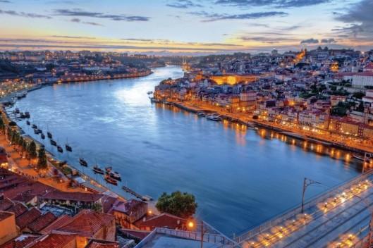 1680x1050-Lisbon-Portugal-1050x700