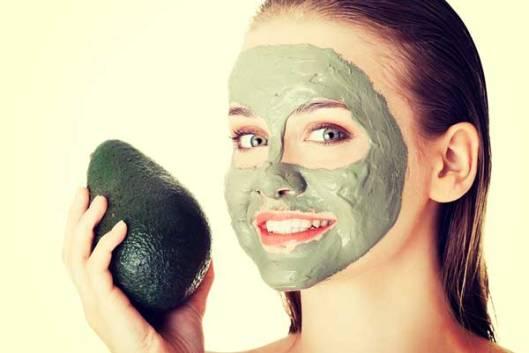 avocado-spa-woman-facial