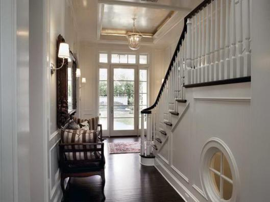 Small-Entryway-Designs-for-Homes